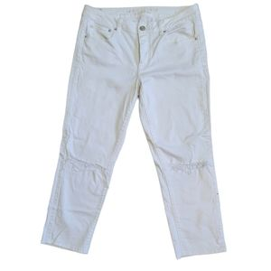 American Eagle Crop Distressed White Jeans Sz 10